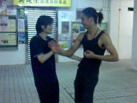 Alain Law Wing Chun Kung Fu-Basic Sticking Hands/Chi Sau Demonstration 1.