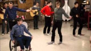 Glee Cast - Bamboleo/Hero