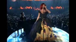 Скачать Eminem Grammys 2011 Feat Rihanna Skylar Grey And Dr Dre Uncensored HD