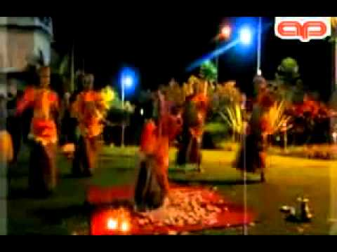 TIAR RAMON - Elo Pukek (original song).mp4