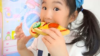 Boram and Conan Pretend Play Pizza Drive Thru Restaurant | Funny Food Toys Story for Kids