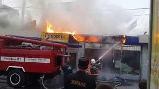пожар в Екатеринбурге сгорел магазин цветов, 28 июля 2013