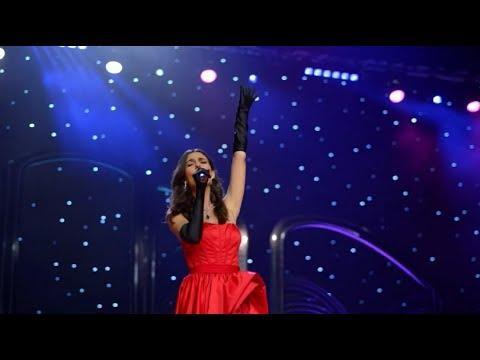 "Victoria Justice Singing In New Show ""Queen America"""
