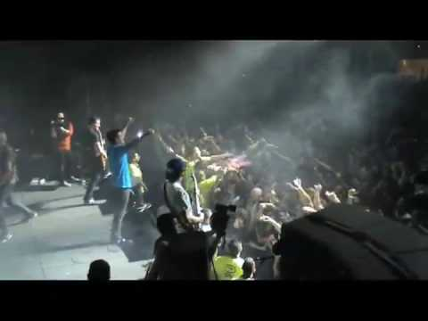 """Parkway Drive - """"Carrion"""" Live"""