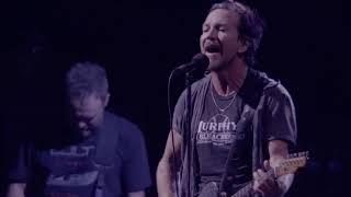 Pearl Jam - Immortality (Wrigley Field)