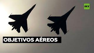 Dos Su-27 rusos interceptan y escoltan a un grupo de aviones militares franceses sobre el mar Negro
