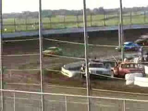 Dirt track racing I-80 Speedway