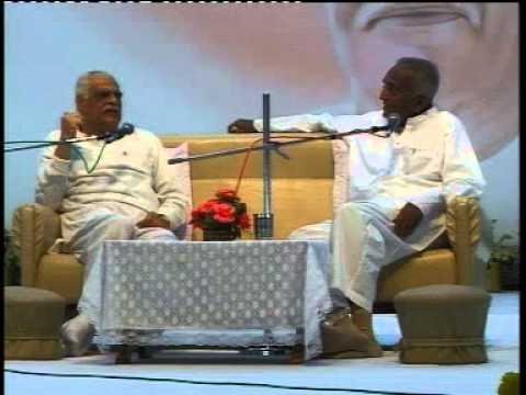साकार बाबा की जीवन कहानी - 19/01/2004 (Narayan Dada & Ramesh Bhaiji) Part 01