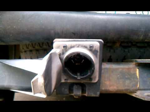 Diagnosing +12V trailer hitch wiring on 1997 Ford Expedition - YouTube