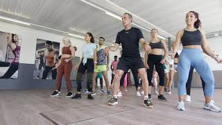 TV commercial :Mike HORN - Zumba dance