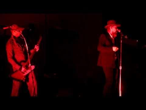 Sort Sol - Let Your Fingers Do The Walking (Live In Copenhagen, April 8th, 2011)