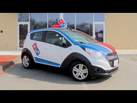 Domino's and Ford will test self-driving pizza delivery cars