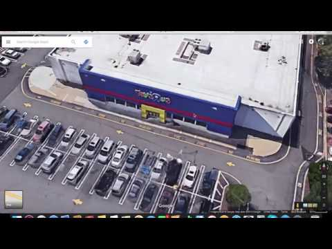 Going Out Of Buisness Tribute To Toys Ya Us Route East Location In Paramus New Jersey