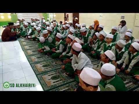 muzammil-hasballah-junior---murid-sd-alkhairiyah-2-senang-menghafal-al-quran-surat-al-mulk