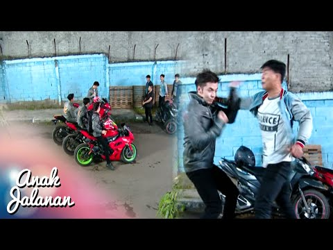 Kelompok AJ Menghajar Kelompok Combat [Anak Jalanan] [ 31 Juli 2016]