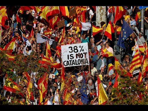 Thousands of Catalans oppose secession from Spain