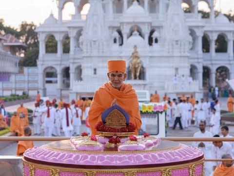 Guruhari Darshan 11 Dec 2017, Sarangpur, India