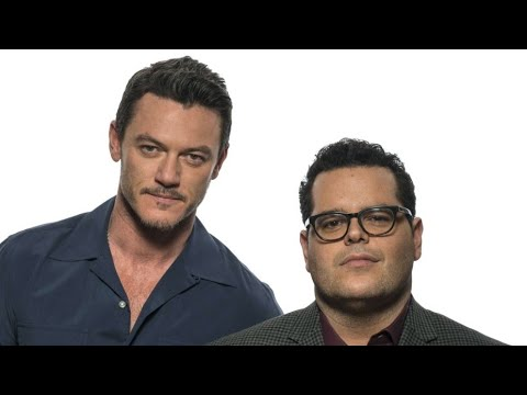 Luke evans singing You're Welcome with Josh Gad mp3