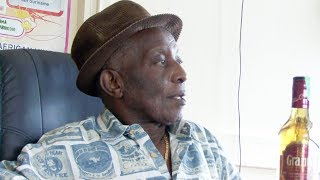 Op bezoek bij Granman Belfon Aboikoni, 2011