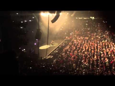 """Drake - """"Energy"""" 2015 United Center Chicago IL."""
