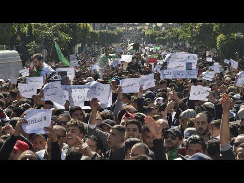 En Algérie, un mouvement de contestation inédit contre Bouteflika