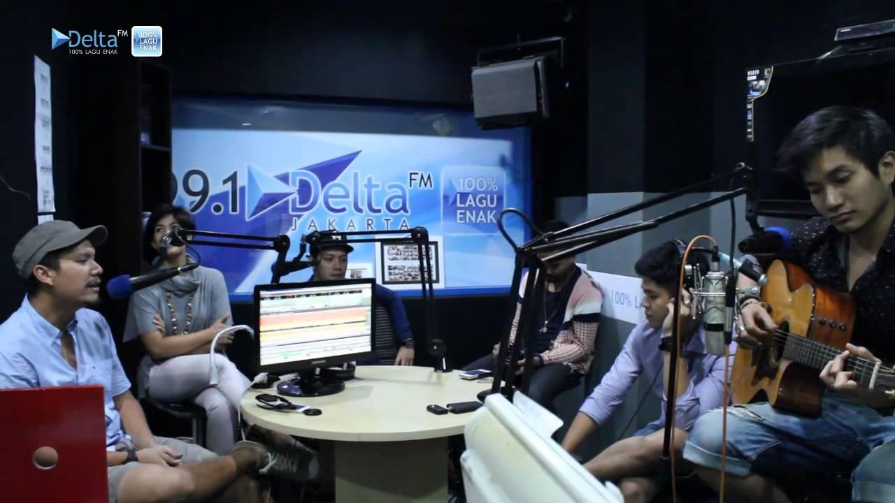 Maliq & D'Essentials Main Ke Studio Delta FM