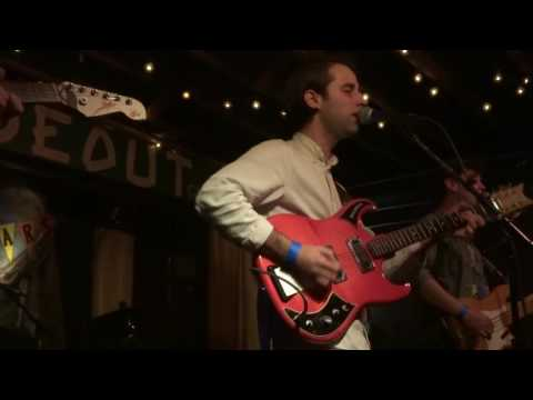 EZTV at the Hideout
