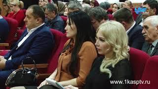 Аппаратное совещание с руководителями муниципальных служб провел глава Каспийска М. Абдулаев