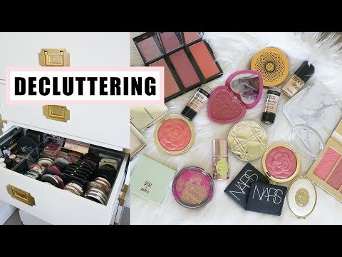 Decluttering: Blushes, Bronzers, Highlighters | New Year, New Space ep 3