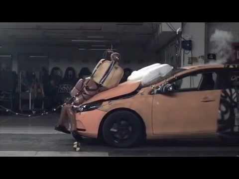 Crash Test 2012 Volvo V40 Pedestrian Airbag: 5 Stars Euro NCap - YouTube
