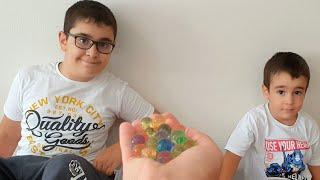 Berat Orbeez Topları Aldı Kaçtı. Eğlenceli Çocuk Videosu