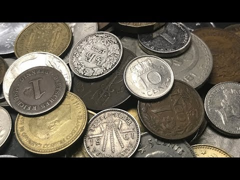 SILVER SEARCHING in Half Pound World Coin Loot Bag Search - Bag #23