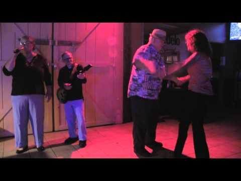 June & Allan Yearwood sing Jump Jiving 00294