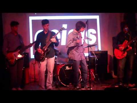 Oeisis - Some Might Say (Oasis cover) - Fusion Bar & Club 04/03/17