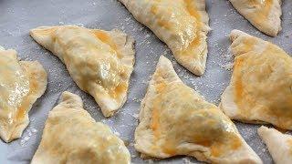 Быстрые ленивые пирожки с зеленым луком и яйцом в духовке видео рецепт