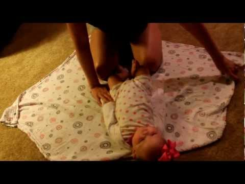 One Minute Mom: How to Swaddle a Baby – Super Swaddle to Help babies sleep longer