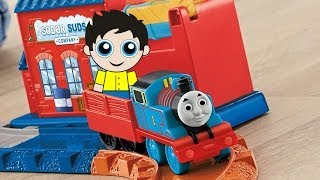 Thomas and Friends - Thomas the Train: Thomas' Wash Down Set by Fisher-Price