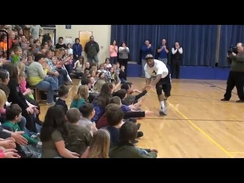 Corey The Dribbler at Washburn District Elementary School