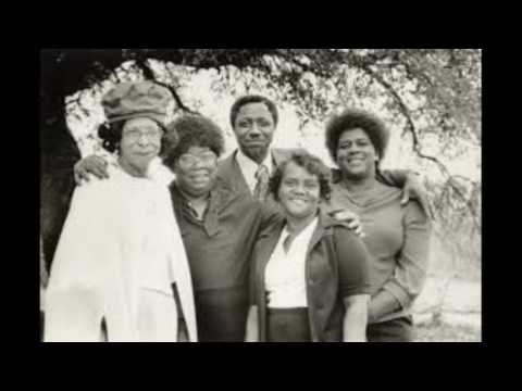 Moonlight in Glory  - Moving Star Hall Singers - Johns Island (1964)