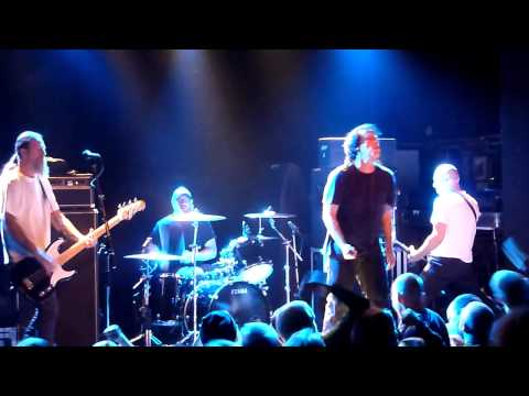 Negative Approach - Tied Down/Pressure/Fair Warning  (Live at Tavastia 19.9.2014)