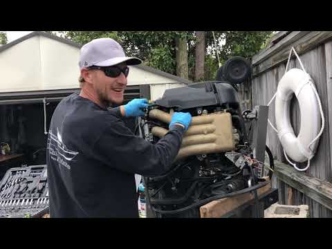 Fuel Pump Diagnostic and disassembly QUICK and EASY Suzuki Outboard!!