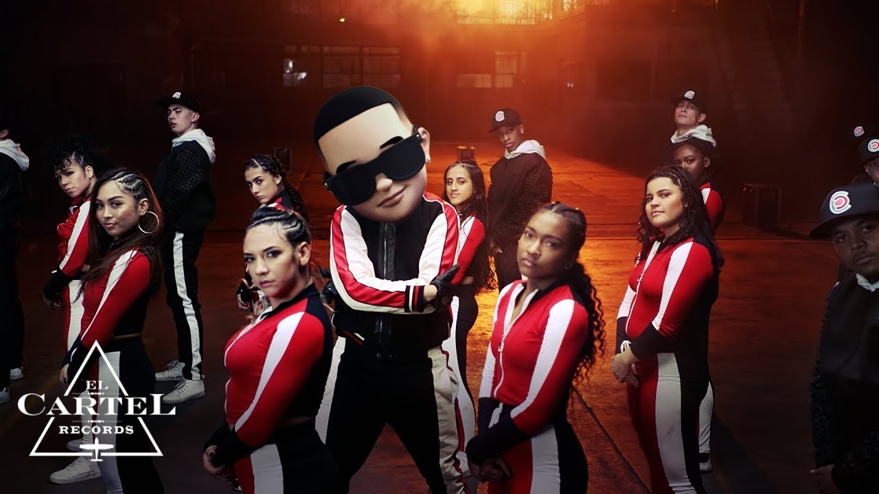 Daddy Yankee & Snow - Con Calma (Video Oficial) #1