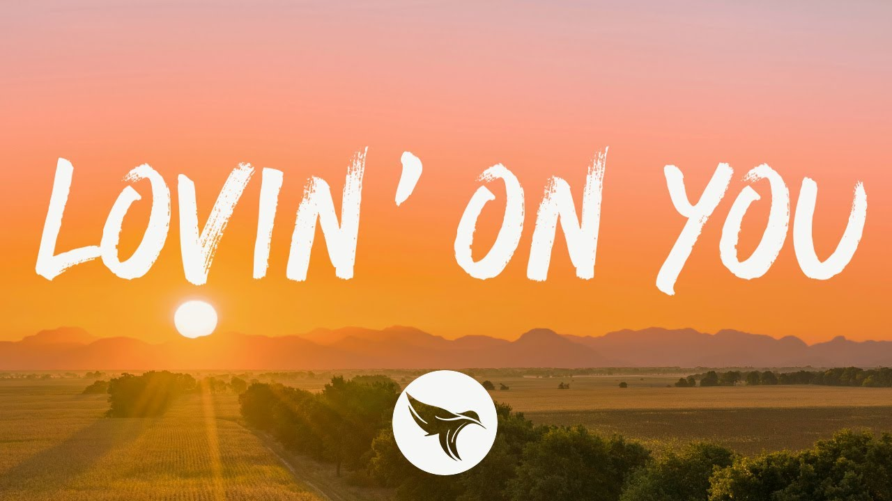 Luke Combs - Lovin' On You (Lyrics)
