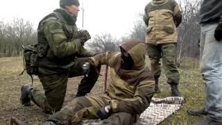 Перенос раненого на рюкзаке. Батальон ХАН. ДНР