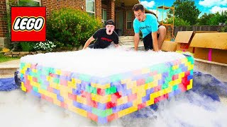 PUTT NG 500 POUNDS OF DRY  CE  N A LEGO POOL