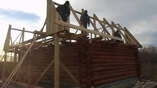 Установка ломаной крыши(Сборка и установка сруба 7х9 строительной компанией