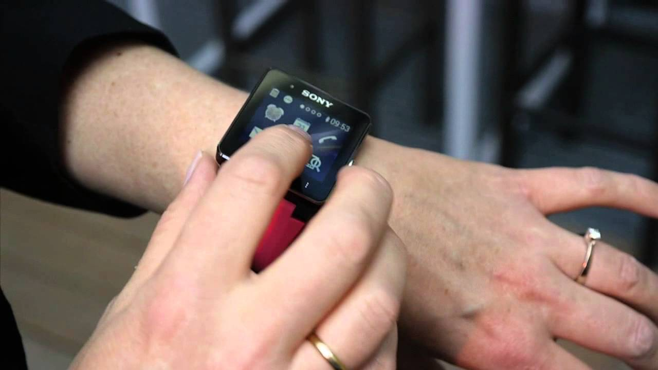 Sony Smart Watch 2 hands-on - YouTube