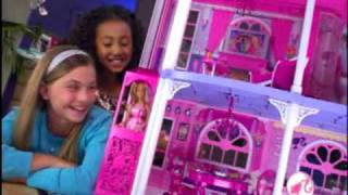 2009 º barbie pink 3 story dream townhouse and features commercial doll