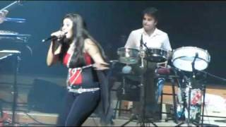 beedi jalaile @ live concert of Sunidhi in Singapore.rv