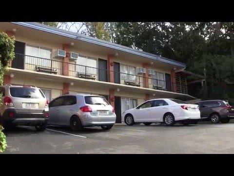 Hotel Review: Ambassador Motor Inn, Brisbane, Queensland, Australia - August 2015